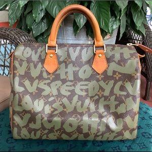 💯Louis Vuitton speedy 30 olive graffiti bag😍